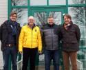 Von links nach rechts: Geschäftsführer Johannes Haderstorfer, 1. Bürgermeister Markt Ergolding Andreas Strauß, Bauamtsleiter Markt Ergolding Ralf Ringlstetter, Geschäftsführer Prof. Dr. Rudolf Haderstorfer